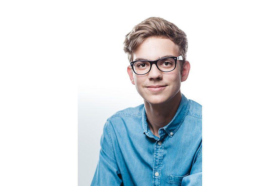 Markus Schneeberger Businessfotografie - markus schneeberger photography flo 002 1 900x600 - Bewerbungsfoto